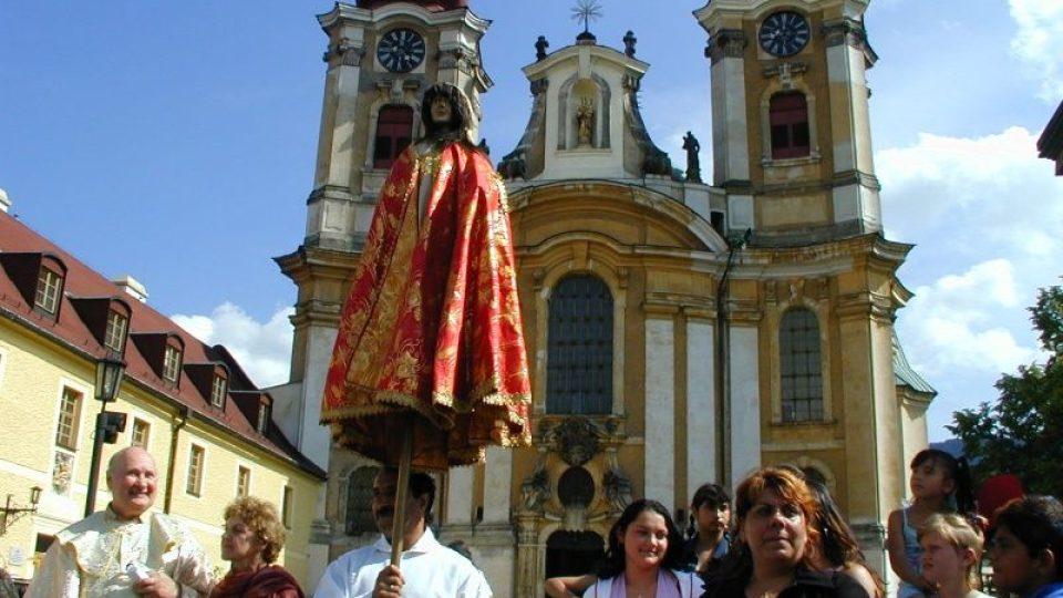 Romská pouť ke svaté Sáře v Hejnicích