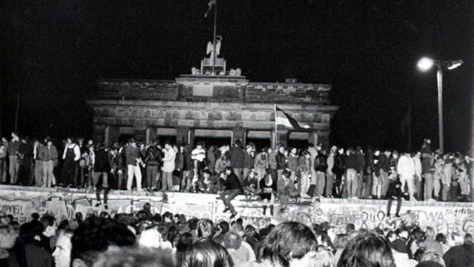 Pád Berlínské zdi v noci z 9. na 10. listopad 1989