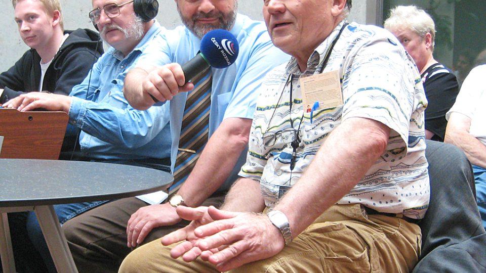 odpolední vysílání v Atriu (živé dotazy posluchačů)