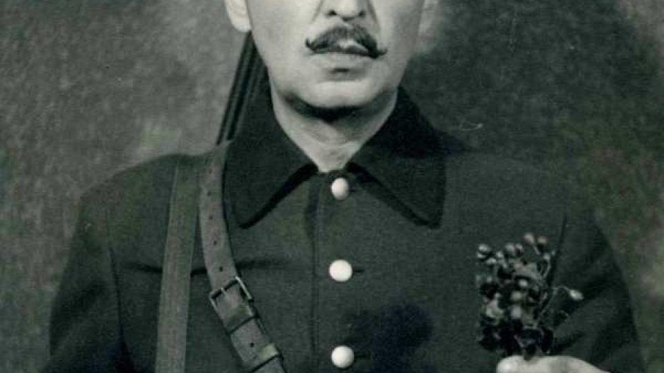 herec a spisovatel-humorista Josef Gruss, myslivec z Čapkova Loupežníka v režii A. Radoka (1954)