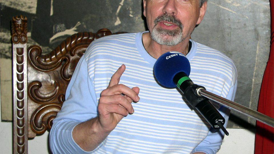 Ivo Jahelka hovořil o vtipných případech ze soudních síní