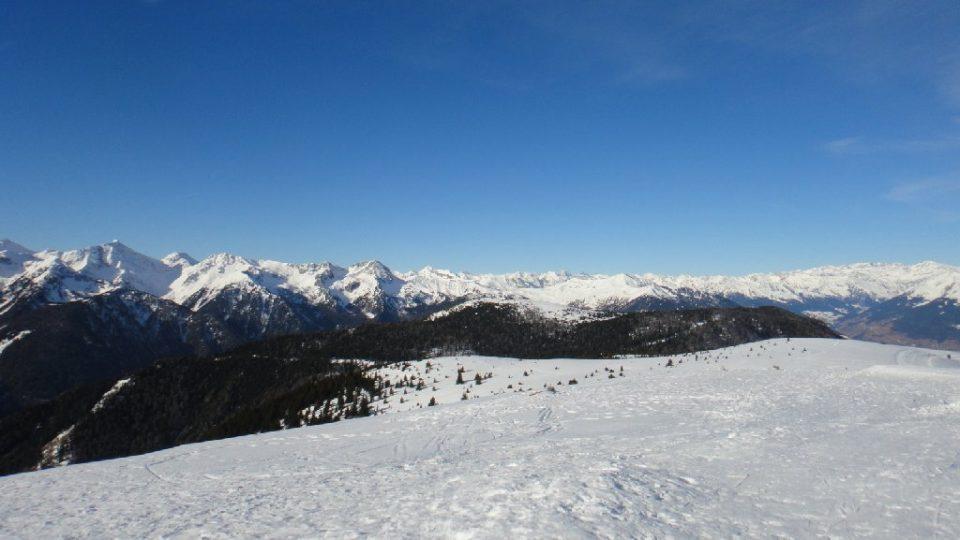 Dolomity obklopující Brixen