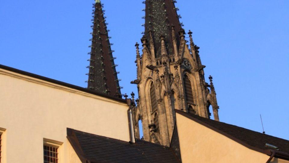 Nejstarší část Dómu sv. Václava s románskými prvky