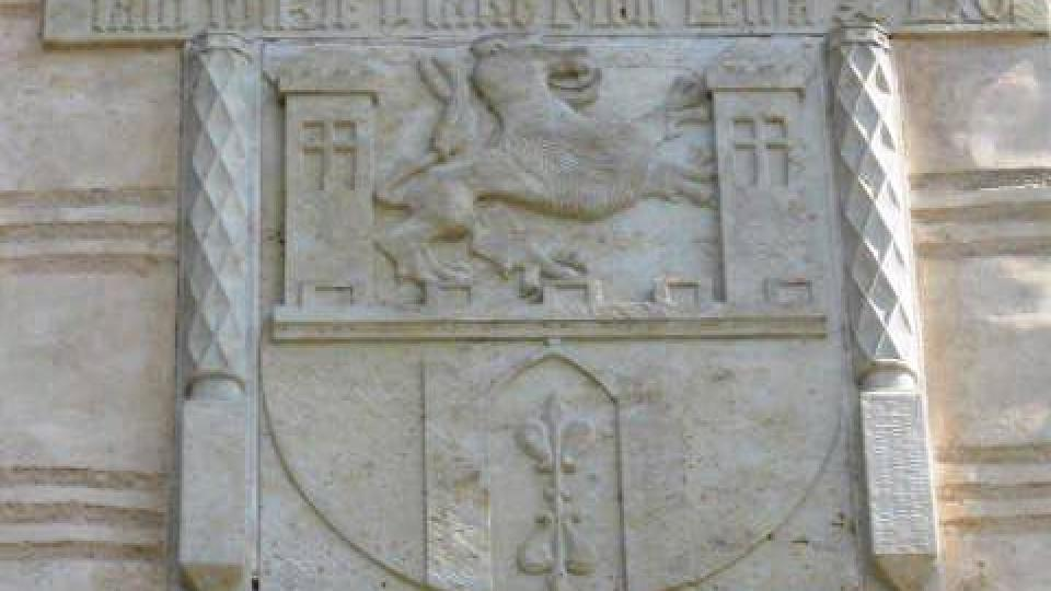 Stříbro - detail na mostní bráně