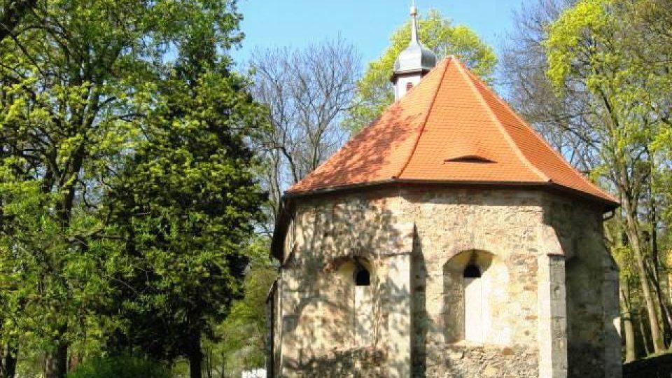 Stříbro - hřbitovní kostel Nanebevzetí Panny Marie