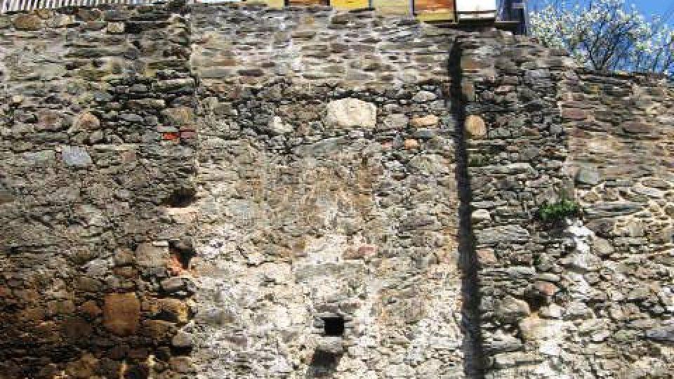 Stříbro - pod hradbami města