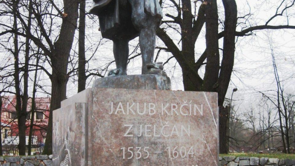 Třeboň - pomník Jakuba Krčína z Jelčan na hrázi rybníka Svět