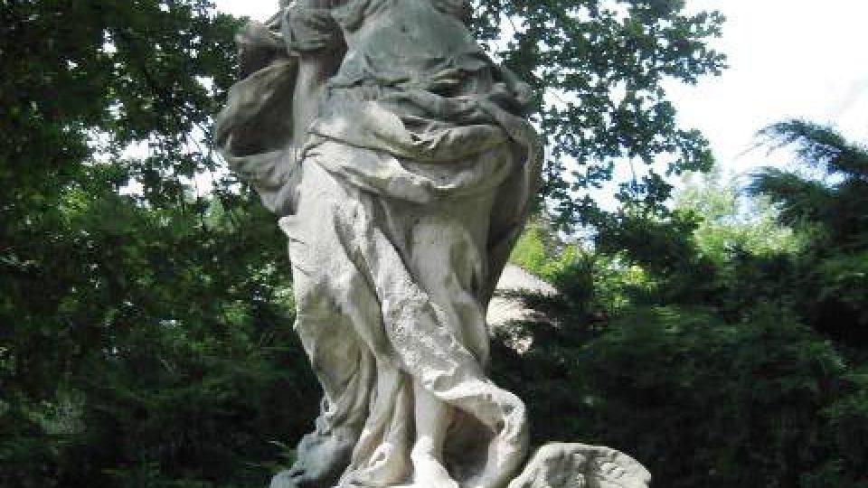 Duchcov - barokní socha Niké od Matyáše Brauna