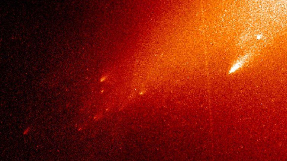 Zánik komety C/1999 S4 LINEAR pozorovaný Hubbleovým kosmickým teleskopem