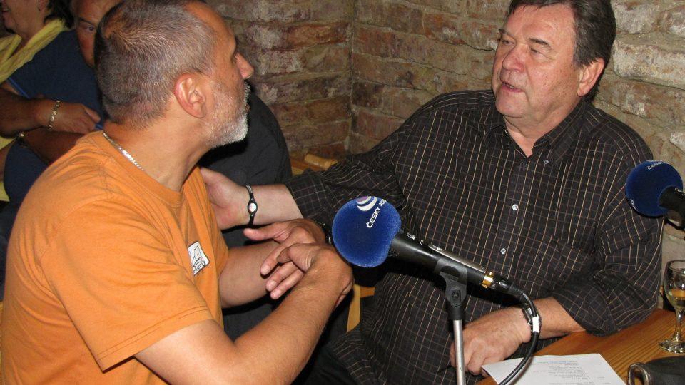 David Suchařípa nadšeně vypráví o jídle