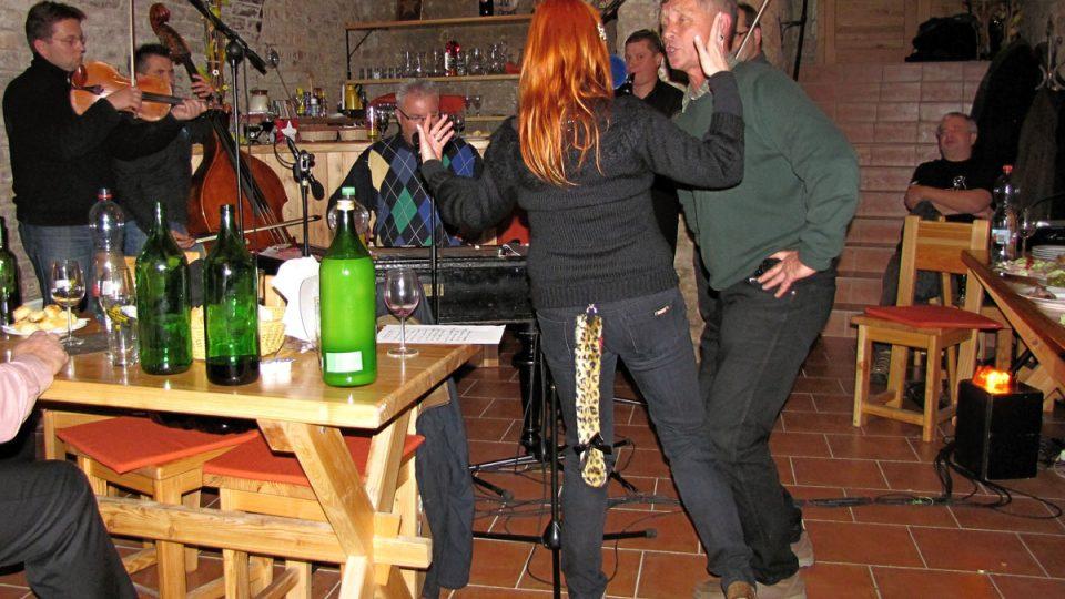 Bára Štěpánová tančila se vskutku neobvyklým doplňkem