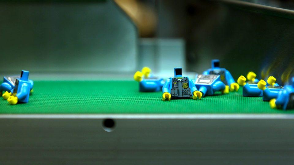 Firma Lego v Kladně vyrábí už i figurky