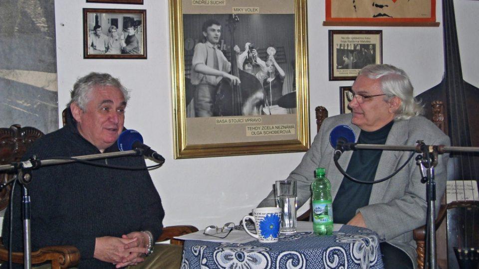 Filmový historik Pavel Taussig a Ondřej Suchý