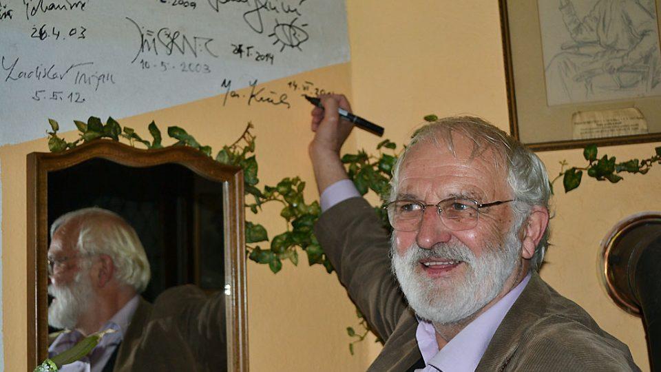 Jaroslav Krček se navždy zapsal mezi hosty Nostalgické myši v Šemánovicích, kde se pořad pravidelně točí