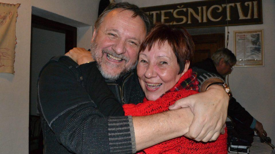Jaroslav Samson Lenk s fanynkou