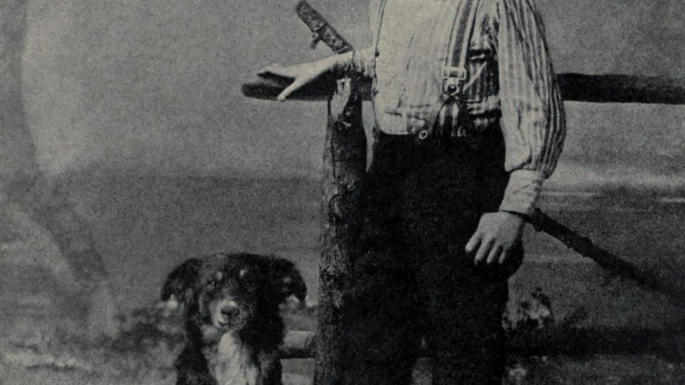 Devítiletý Jack London se svým psem Rollem (1885)