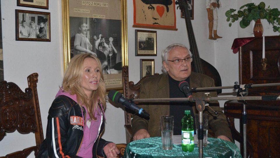 Nostalgické muzuem tentokrát navštívila moderátorka Tereza Pergnerová