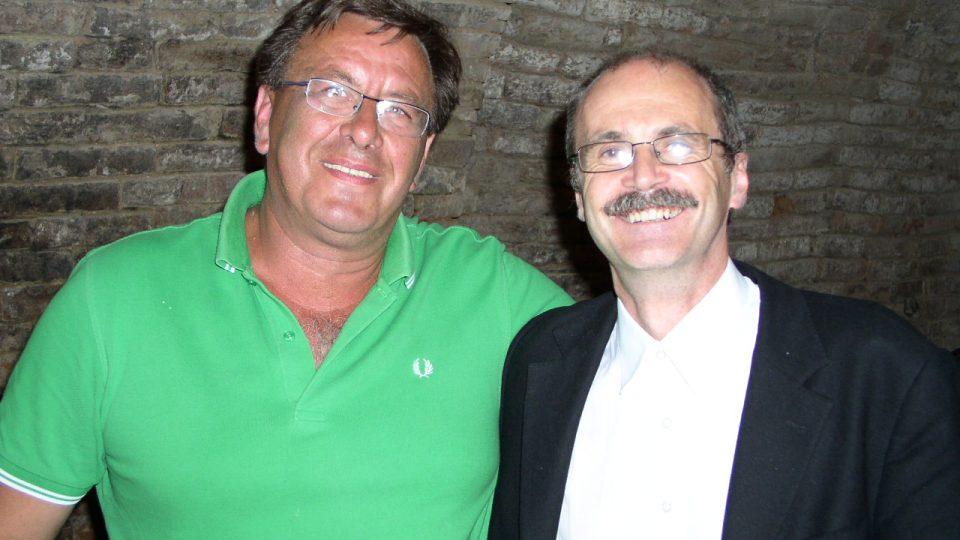 Barták s vinařem Stanislavem Mádlem. Bavili se o víně