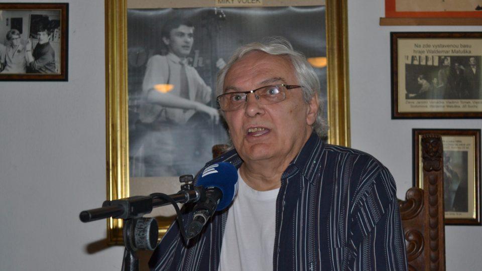 Do svého Nostalgického muzea si pravidelně zve hosty Ondřej Suchý