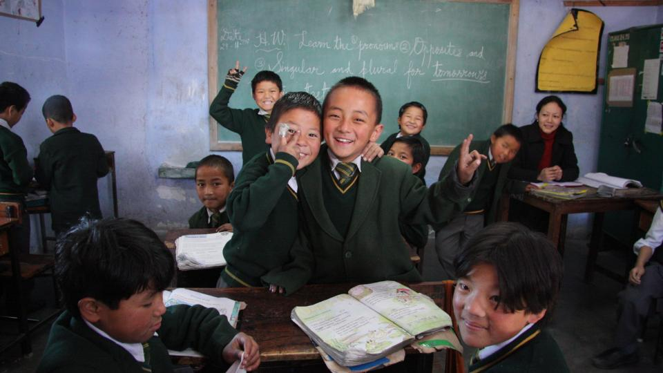 Děti ve vesničce Tibetian Homes Foundation mají nastavený pevný denní režim