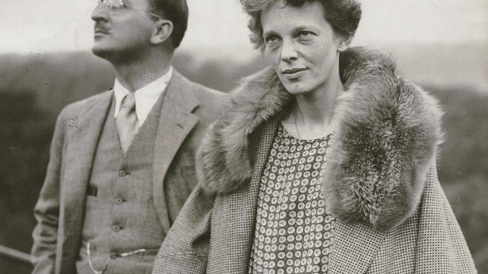 Putnam & Earhartová (1937)