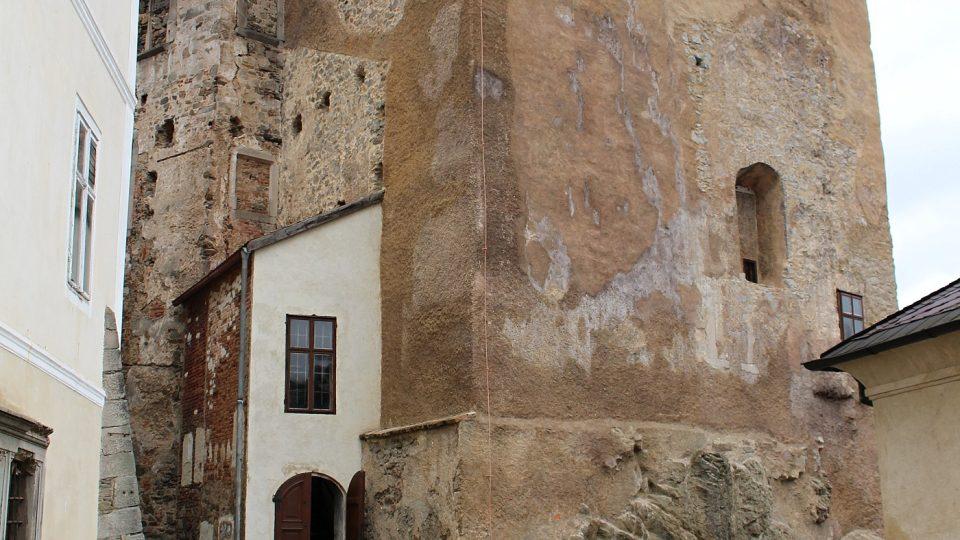 Současný stav místa nálezu (kaple hradu a zámku Bečov nad Teplou) relikviáře sv. Maura