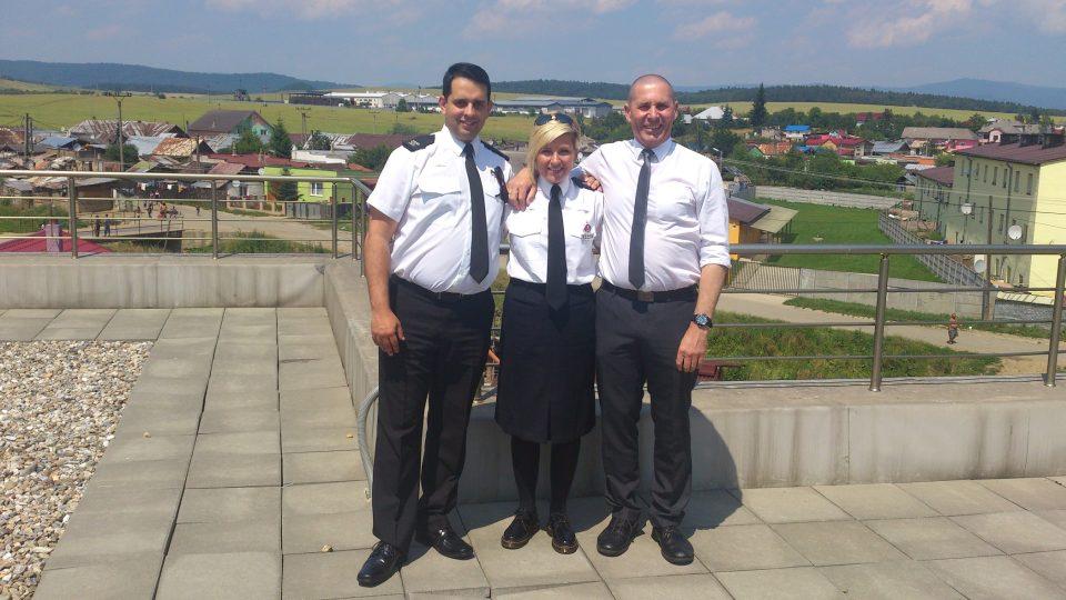 Z romske osady na Slovensku. Britští kolegové Kate West a Jim Davies
