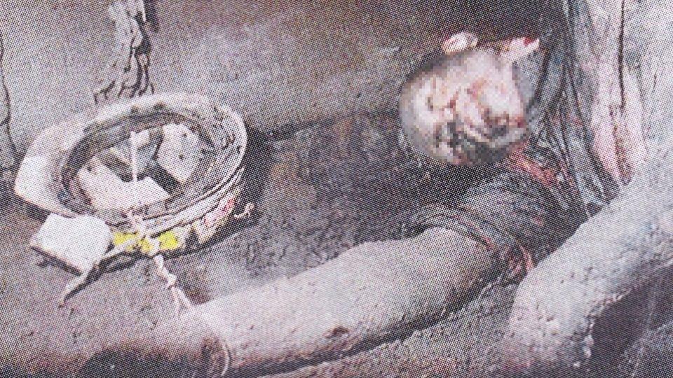 Detail těla zavražděného