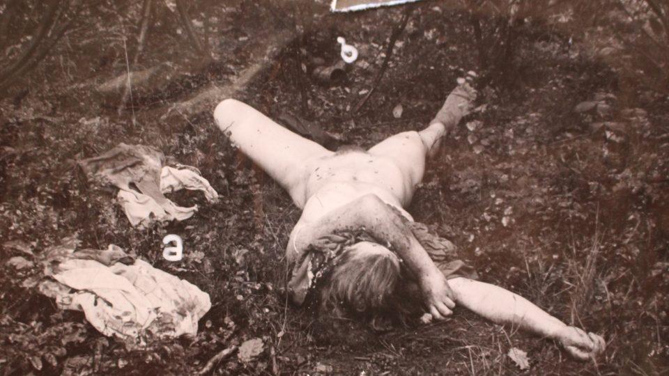 Jedna ze sedmi obětí