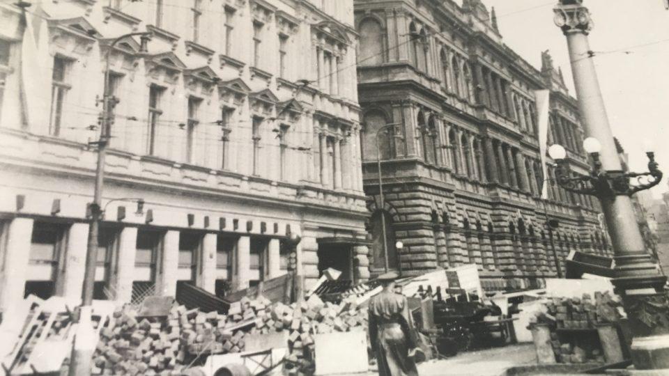 Národní divadlo během Květnového povstání