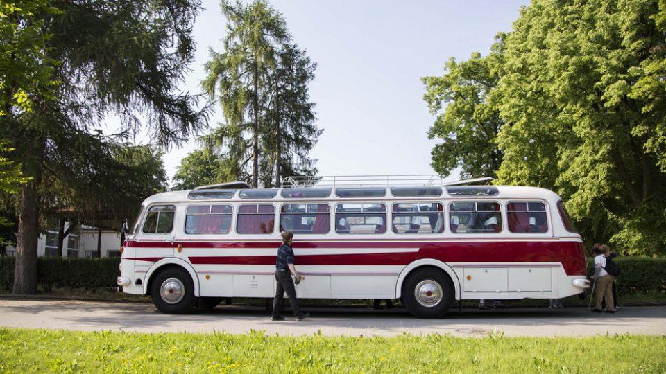 Hurá autobus