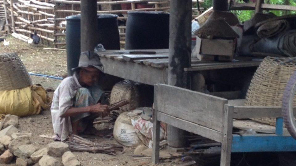 Místní lidé jsou milí a vstřícní, často ale žijí v podmínkách pro nás nepředstavitelných