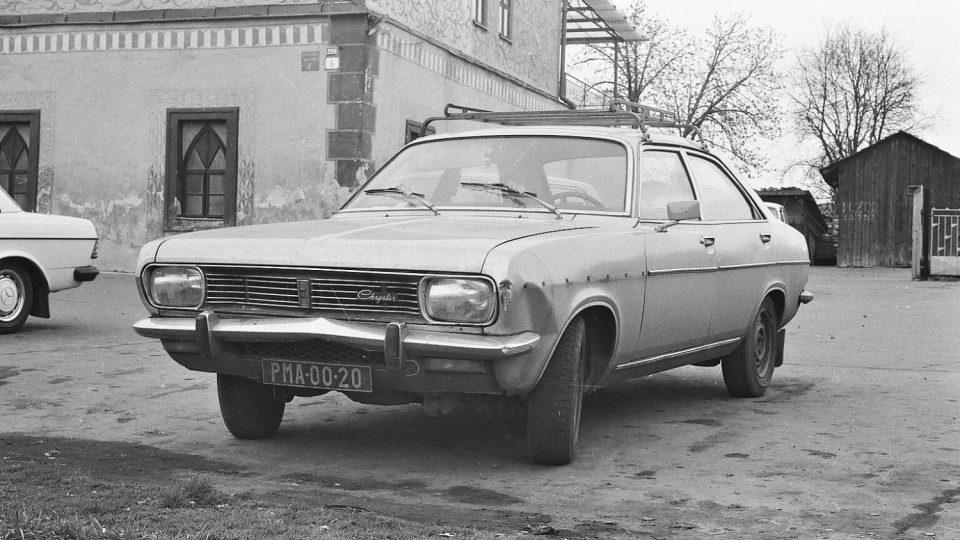 Simca model Chrysler 180 byla na počátku 80. let v komunistickém Československu zjevením