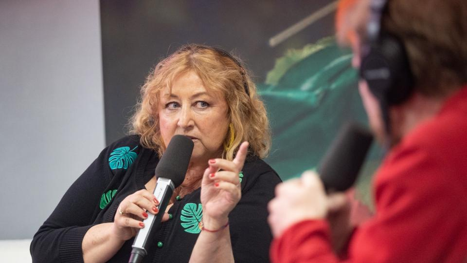 Halina Pawlowská a Jan Flaška (Pokračování za chvilku živě ze Světa knihy 2019)