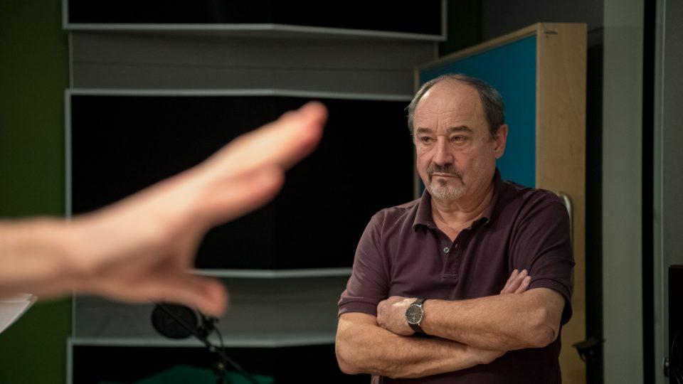 Viktor Preiss během natáčení hry Okno smrti