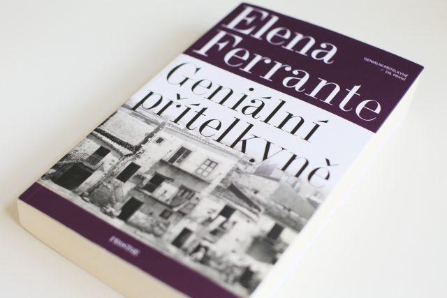 Elena Ferrante – Geniální přítelkyně, první díl tetralogie