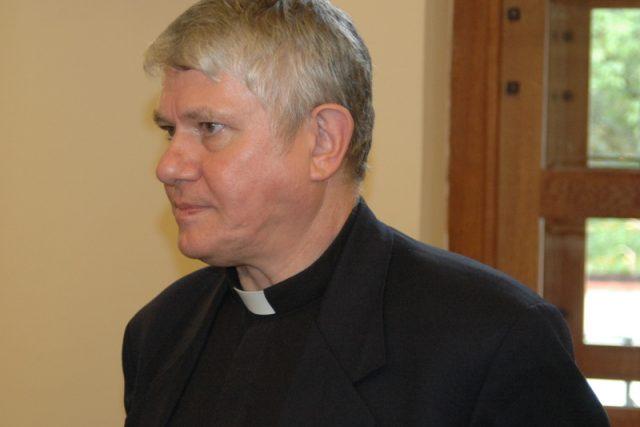 Biskup Václav Malý
