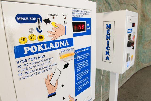 Automat na zdravotnické poplatky.