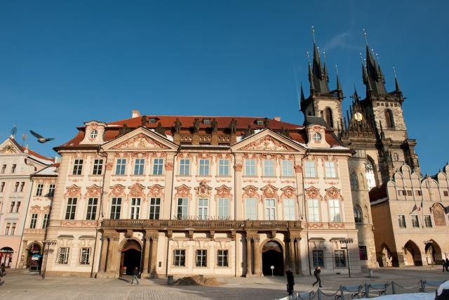 Palác Kinských,  Staroměstské náměstí,  Kostel P. Marie před Týnem,  Praha 1   foto: Khalil Baalbaki,  Český rozhlas