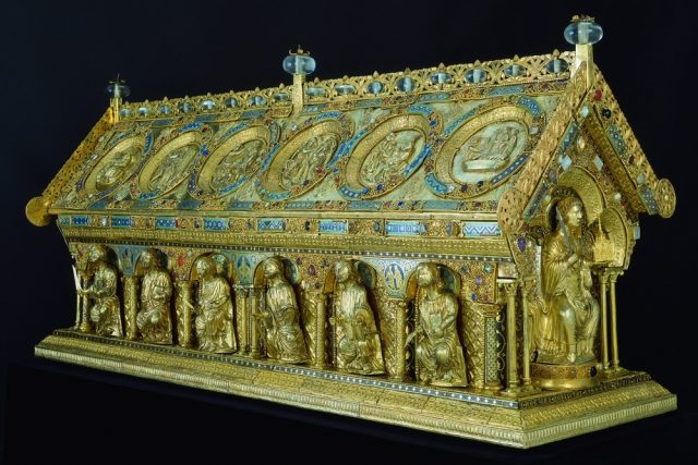 Když byla z relikviáře sv. Maura  sejmuta zlatnická výzdoba,  byla rozebraná na tři tisíce evidovaných dílů,  vzpomíná Andrej Šumbera | foto:  Státní hrad a zámek Bečov