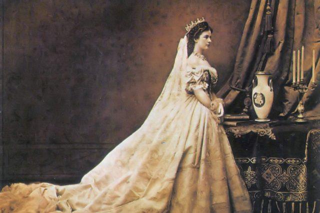 Alžběta Bavorská v roce 1867 | foto: Wikipedia,  public domain - volné dílo,  Emil Rabending