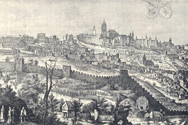 Pražský hrad v roce 1607. Dobová rytina.