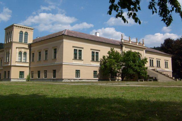Čechy pod Kosířem - zámek
