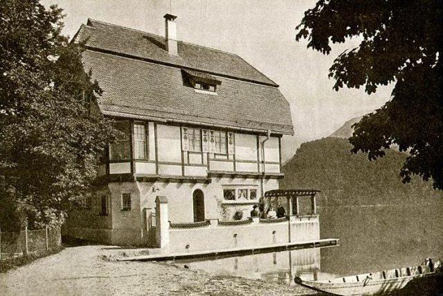 Jan Kotěra: Vila Ferdinanda Tondera,  St. Gilgen,  1905-1906 | foto:  Muzeum východních Čech