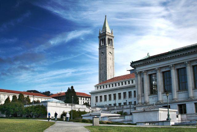 Studium na Berkeley bylo ale extrémně náročné. Nebyla jsem zvyklá číst ze dne na den stovky stran,  říká Ina Píšová | foto:  CC BY 2.0