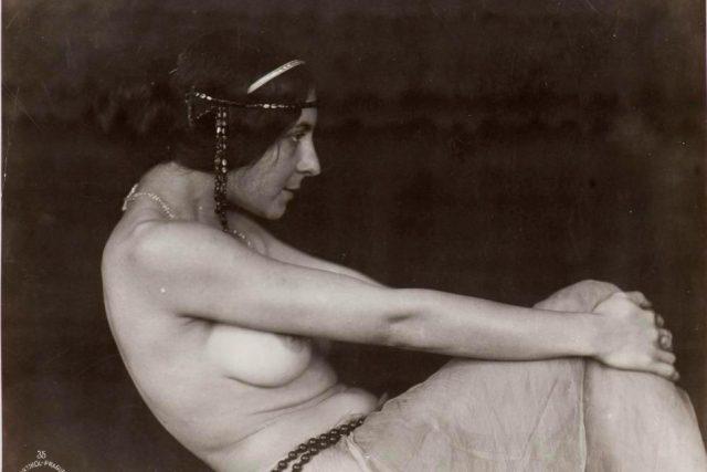 František Drtikol,  Bez názvu  (č. 35),  cca 1913/20. léta | foto:  Uměleckoprůmyslové muzeum