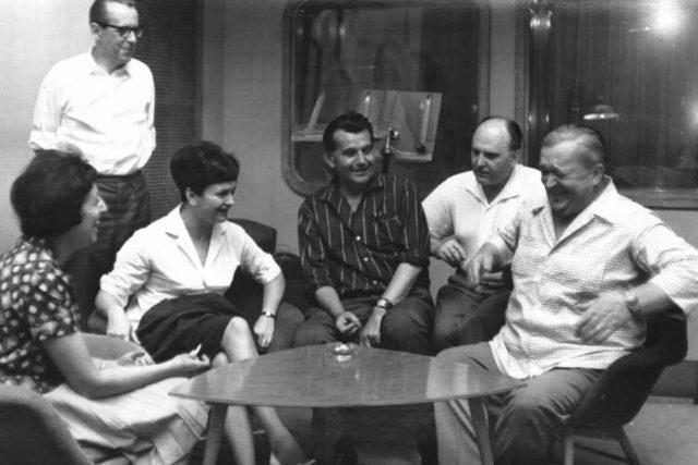 Sedmilháři-zleva:Skálová, Jirotka,Smetanová,Otčenášek,Osvald,Vlček