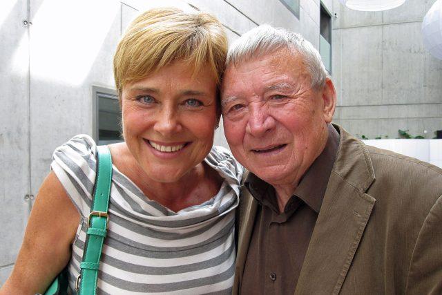 Pavel Jurkovič při jedné z jeho rozhlasových návštěv (na fotce s Marií Retkovou)