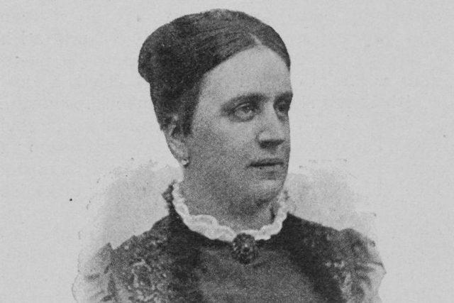 Marie Červinková-Riegrová v roce 1895   foto: Wikipedia,  public domain - volné dílo,  Jindřich Eckert