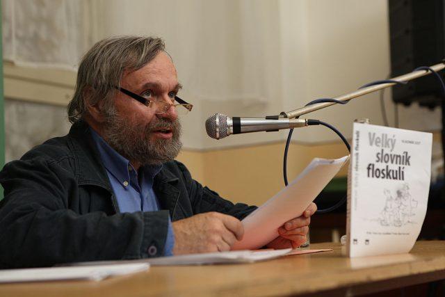 Vladimír Just, autor Velkého slovníku floskulí